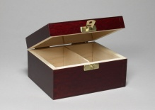 Box with 2 compartments