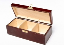 Box with 3 compartments