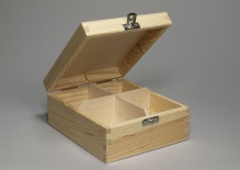 Box with 4 compartments