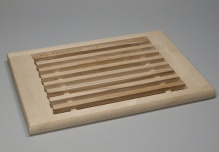 Board with crumb tray